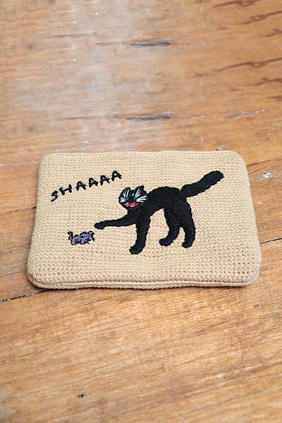 ニット刺繍クラッチ