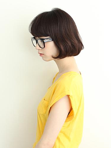 イマドキ女子はメガネもおしゃれアイテムとして有効利用しちゃお♡♡