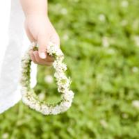 ピクニックで幸せをいただきっ♡シロツメクサの花冠と指輪のつくりかた*
