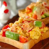 毎日サクッと新発見!朝食が楽しくなるトーストレシピ13選♡