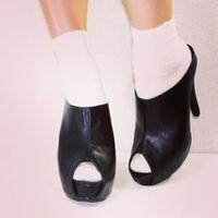 """今イチバン履きたい靴はこれ♡注目の""""サボ""""でおしゃれgirlの称号はいただきっ"""