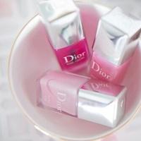 ピンク×ピンクでメリハリCUTEな指先に。濃淡ピンクの組み合わせネイル