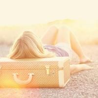 春休み!お出かけのお供、スーツケースの可愛いブランド4選♡