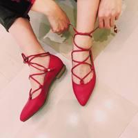 """""""ペタンコ靴×パンツ""""でも女っぽい。楽チンだけど色気たっぷりの春コーディネート"""
