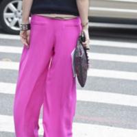 「パジャマみたい」なんて言わせない!ずるずるワイドパンツの海外的着こなし5選