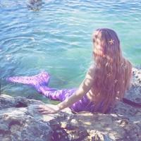 """指先に人魚姫が訪れた。キラキラ""""うろこネイル""""でマーメイドgirlになろう♡"""
