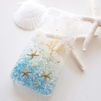 キラキラ爽やかに夏をのりきる♡海とシェルがつまったiPhoneケース13選