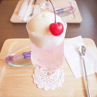 これぞ可愛いの最上級♡インスタ映えする、ピンクのクリームソーダ