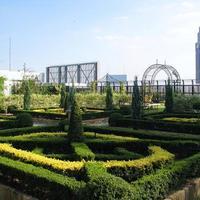 """ここ本当に東京?新宿マルイ本館の英国式""""屋上庭園""""が秀悦すぎる件"""