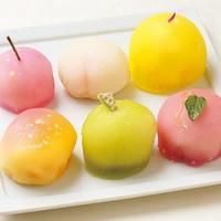 見惚れるほどのかわいさ。旬の果物をたっぷり使った松竹堂のフルーツ餅