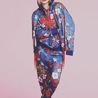 リタオラのコラボ品でアディダスファッションを着こなす◯