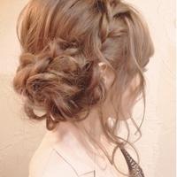 美容師さんにオーダーしたいまとめ髪には《+編み込み》で華やか♡ヘアセットカタログ
