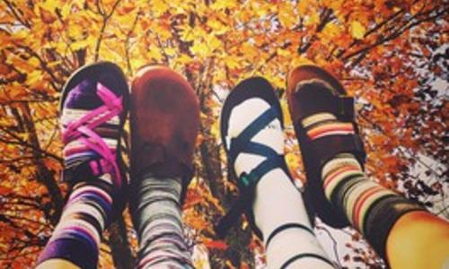 Tevaの提案するサンダルの新しい履きこなし方*冬サンダルが流行る予感。