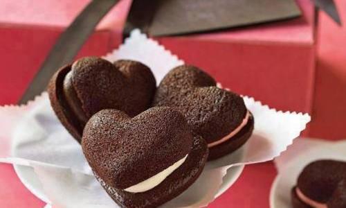 「チョコと一緒に何をプレゼントする? 」バレンタインに渡したい人気ギフト