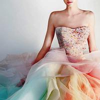 お洋服を着る前のちょっとした意識で気分底上げ♩虹色アイテムで彩るhappy week♡