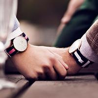 シンプルが1番、愛される。Daniel Wellingtonの腕時計で大人なオンナに。