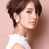 可愛い♡が増すヘアスタイルは前髪なしショートヘアだった!
