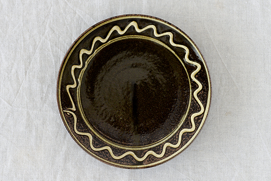 丹窓窯/スリップウェア/いっちん描き/丸皿 19cm
