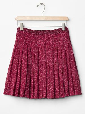 Pleat circle skirt