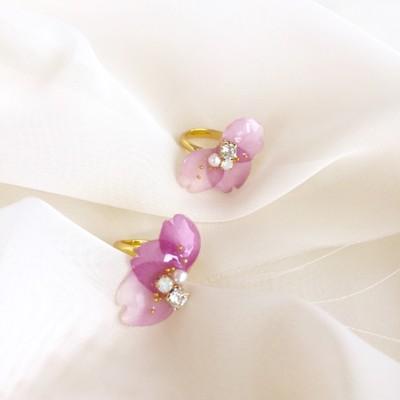 「SAKURA」の花びらの指輪