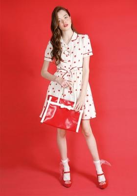 Little アップル dress