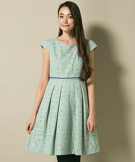 GLORYBUSHドレス